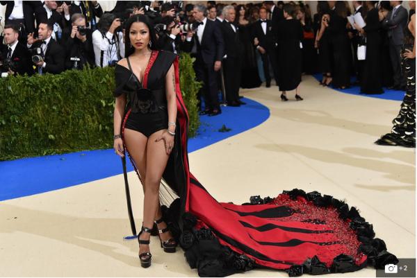 "Nicki Minaj Teases Remix Of Jason Derulo Track ""Swalla"""